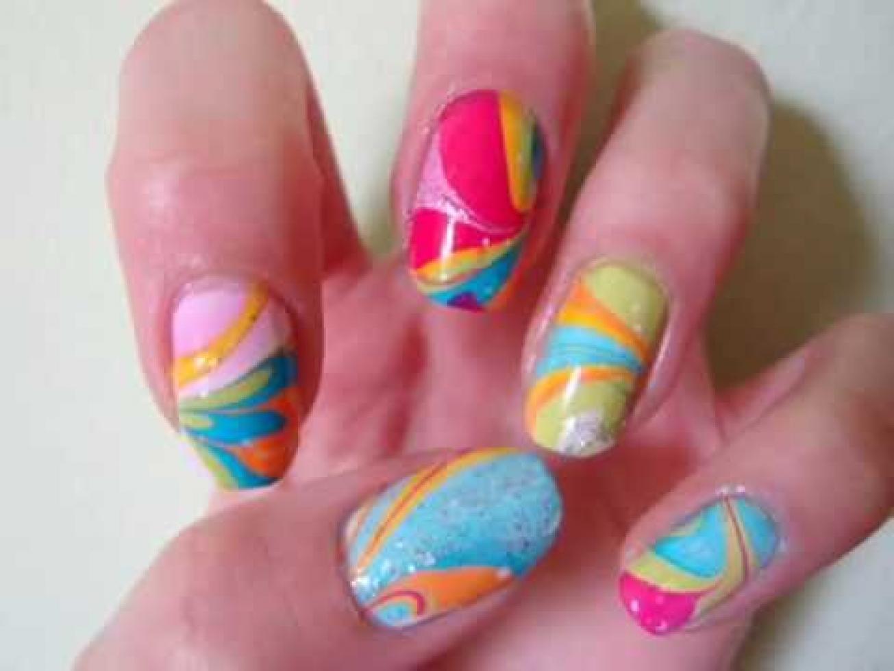 Marble Nail Art: unghie come opere d'arte in pochi minuti! - Beauty ...